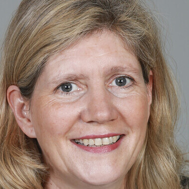 Anne-Catherine Poitou – Paris 15e Arrondissement – 75015 – Conseiller SAFTI