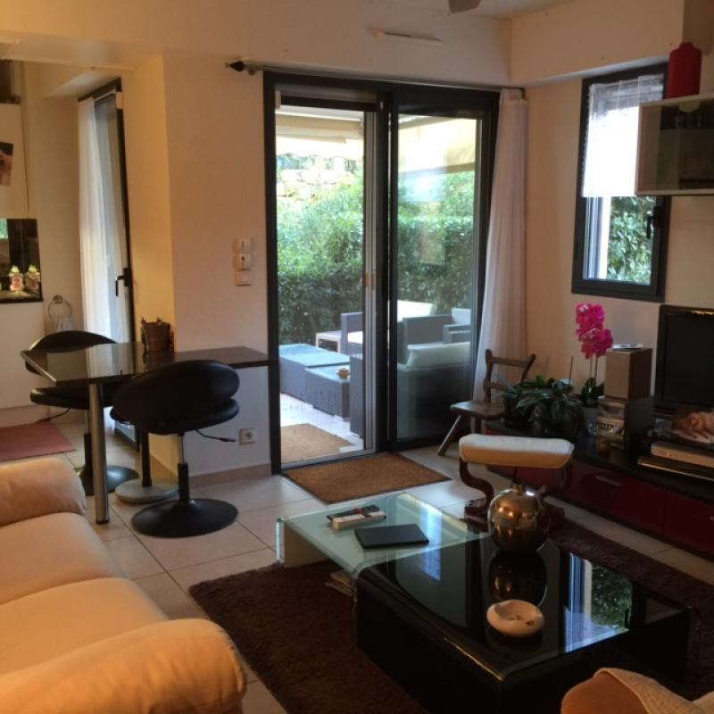 Achat : Appartement à Saint-Raphael, 83700 - 2 pièces 45m² ...