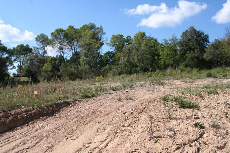 Achat terrain salernes 83690 446m safti r seau for Achat terrain financement