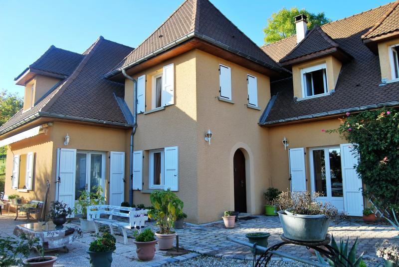 Annonce vente maison la c te saint andr 38260 250 m for Piscine la cote st andre