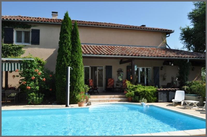 Annonce vente maison saint gaudens 31800 234 m 349 for Piscine saint gaudens