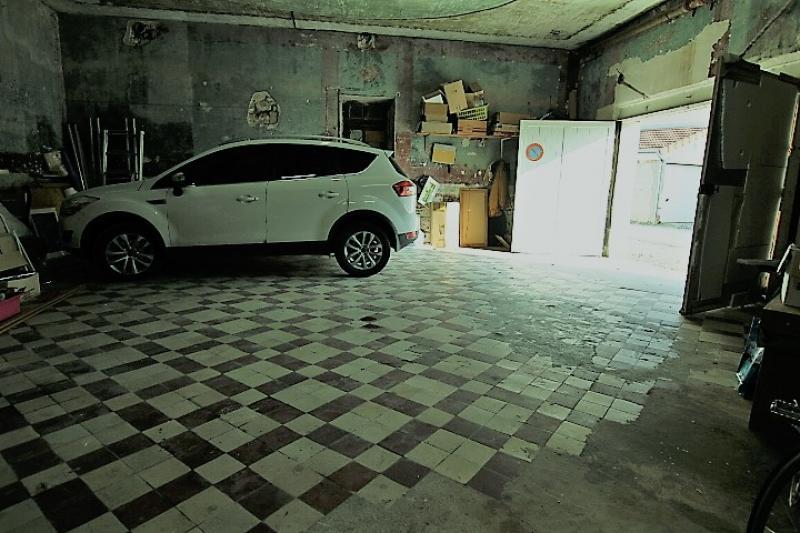 achat parking chalons en champagne 51000 75m. Black Bedroom Furniture Sets. Home Design Ideas