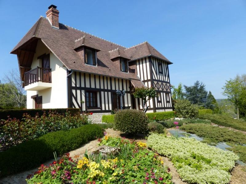Conseiller immobilier safti herve philippe blonville sur for Maison traditionnelle normande