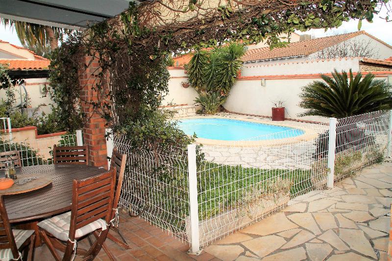 Annonce vente maison saint est ve 66240 105 m 249 for Piscine st esteve