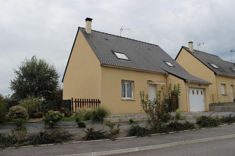 Annonce vente maison saint pierre la cour 53410 102 m for Maison saint pierre rodez