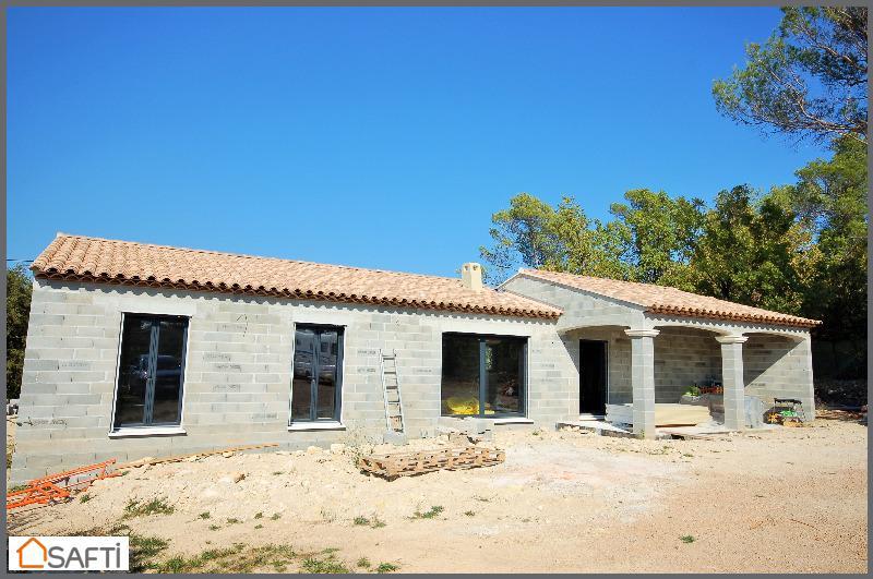 Conseiller immobilier SAFTI MERRY Maude à Gareoult : mandataire ...