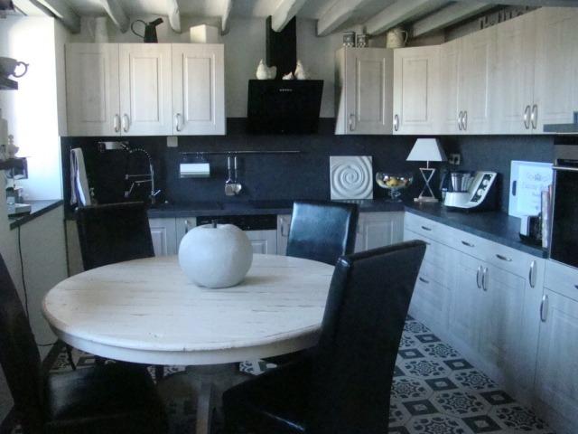 achat maison chartres 28000 5 pi ces 160m 349 000. Black Bedroom Furniture Sets. Home Design Ideas