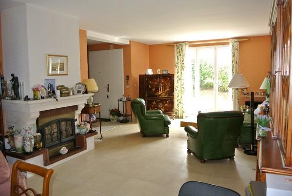 prix immobilier au m2 de la ville pinay sur orge 91360 bien estimer march de l. Black Bedroom Furniture Sets. Home Design Ideas
