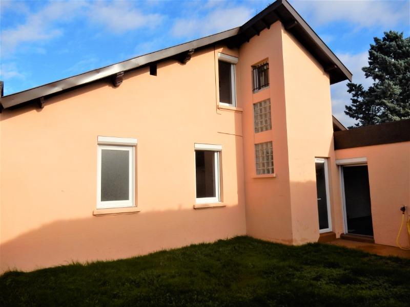 Achat Maison à Decines-Charpieu, 69150 - 8 pièces, 200m² - SAFTI