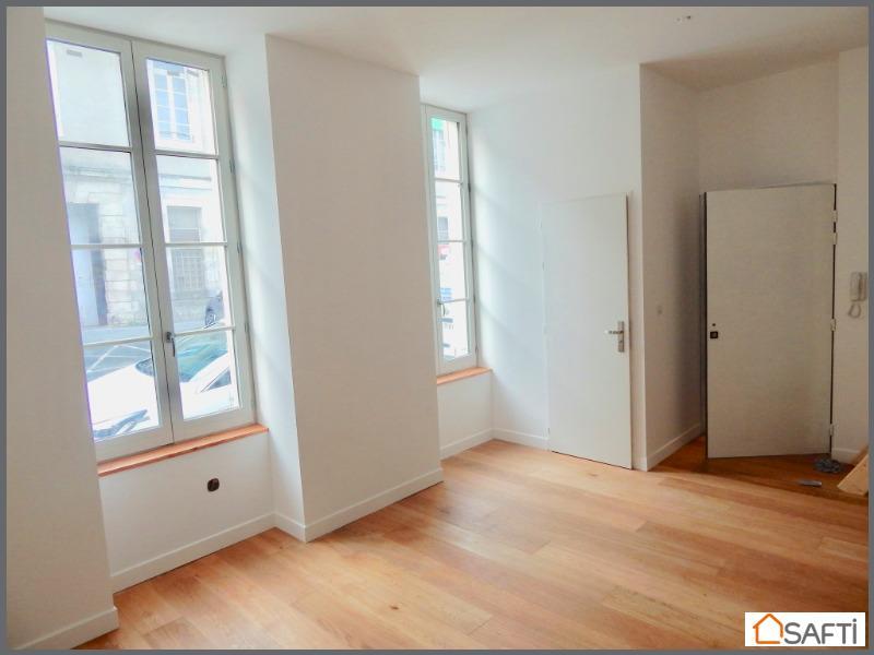 achat appartement la rochelle 17000 1 pi ce 34m. Black Bedroom Furniture Sets. Home Design Ideas