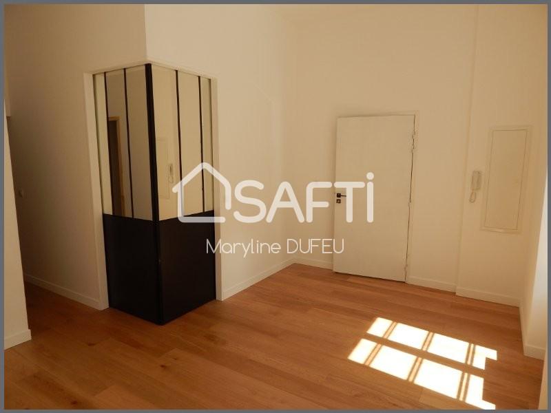 achat appartement la rochelle 17000 1 pi ce 32m. Black Bedroom Furniture Sets. Home Design Ideas